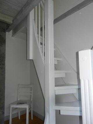 montagebau karstens g nstige holztreppe l beck kleine. Black Bedroom Furniture Sets. Home Design Ideas